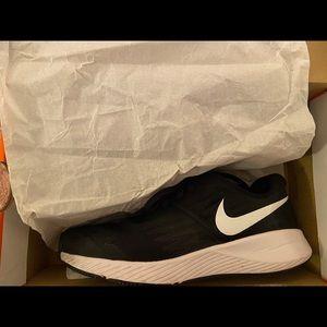 Nike Star Runner Shoes